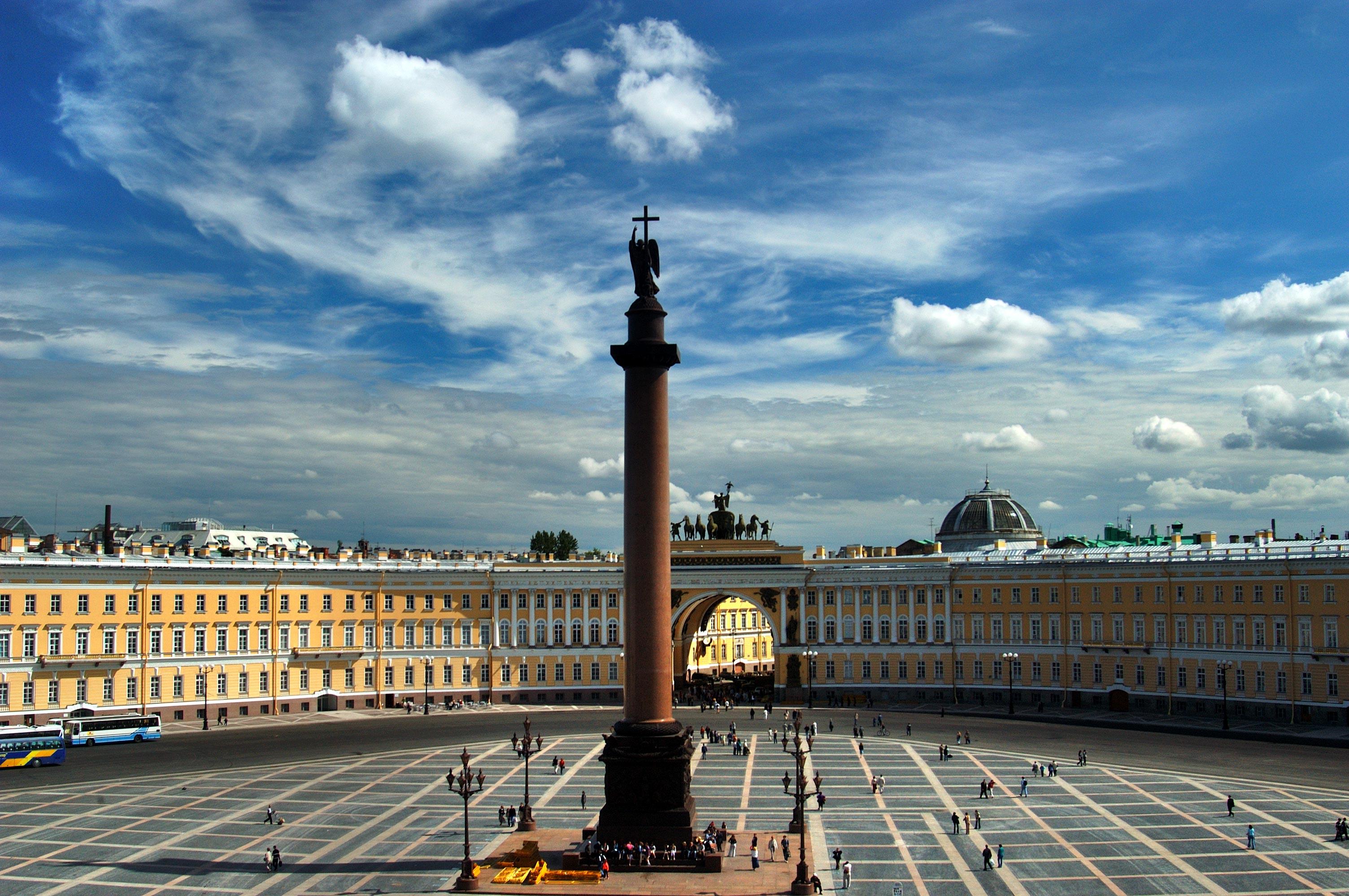 17 самых интересных площадей Санкт-Петербурга